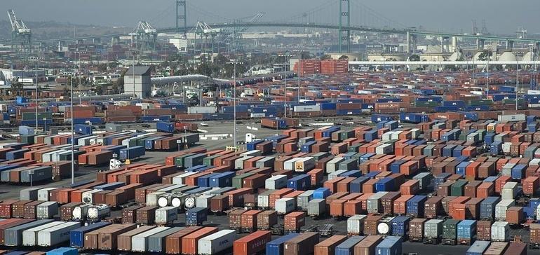 Congestion Could Clog California Ports Into February, Hapag-Lloyd Warns